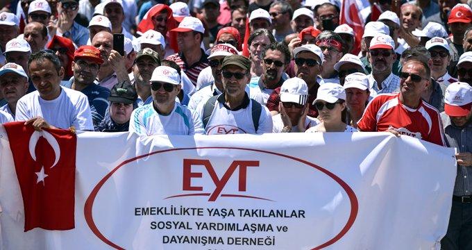 EYT'nin Türkiye'ye maliyeti yıllık 100 milyar TL olarak hesaplandı