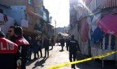 Mahalle ortasında silahlar patladı! 10 kişi yaralandı