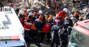 Son dakika: Deprem sonrası yoğun bakıma alınan hastaların durumunun kritik olmadığı açıklandı