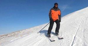 Palandöken'e giden İmamoğlu, kayak yaptığı fotoğrafları paylaştı