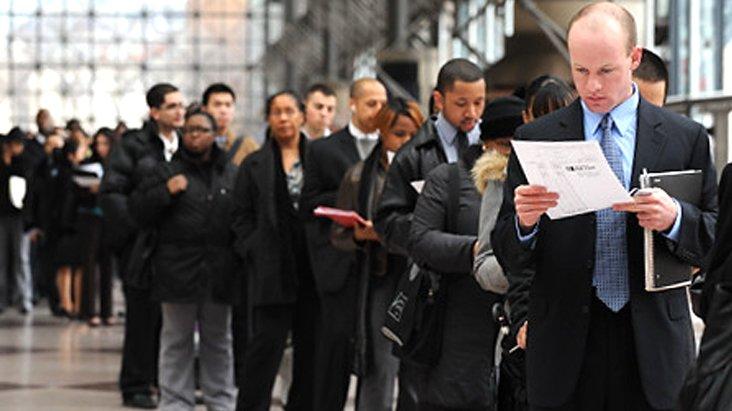 ABD'de işsizlik maaşı başvuruları koronavirüs etkisiyle tarihi rekor kırdı