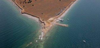 Son dakika: Van Gölü'nde bir kişinin daha cansız bedeni bulundu