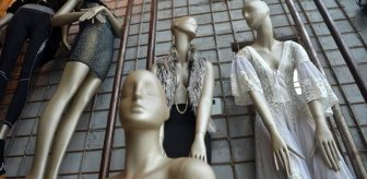 Korona düğünlerdeki yüzlerce yıllık geleneği değiştirince cansız manken satışları patladı
