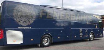 Fenerbahçe'nin yeni takım otobüsündeki 'Sevgi kurşun geçirmez' mesajı dikkatlerden kaçmadı