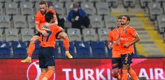 Başakşehir, evinde Antalyaspor'u 5-1 mağlup etti