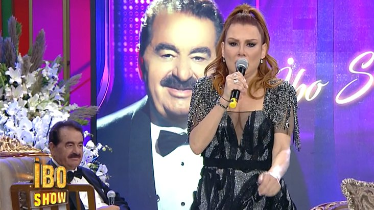 Deniz Seki, İbo Show'da Ahmet Kaya'nın şarkısını seslendirdi! Sosyal medyadan tepki yağdı