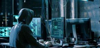 Hackerlar ülkenin en önemli hattını devre dışı bırakınca tır şoförlerine büyük iş düştü