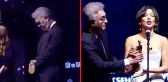 Festivale Tamer Karadağlı'nın tavırları damga vurdu! Ödülü verdiği oyuncu tepki gösterdi