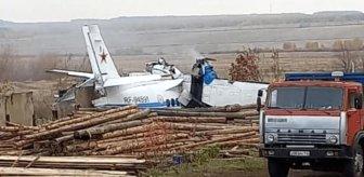 Ülkeyi sarsan kaza! Paraşütçüleri taşıyan uçak düştü, 16 kişi hayatını kaybetti