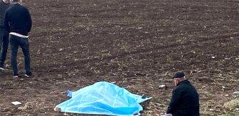 Günün en acı fotoğrafı! Kızının yanı başına oturup dakikalarca gözyaşı döktü