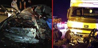 Kontrolden çıkan kamyon karşıdan gelen otomobili biçti, bir aile yok oldu